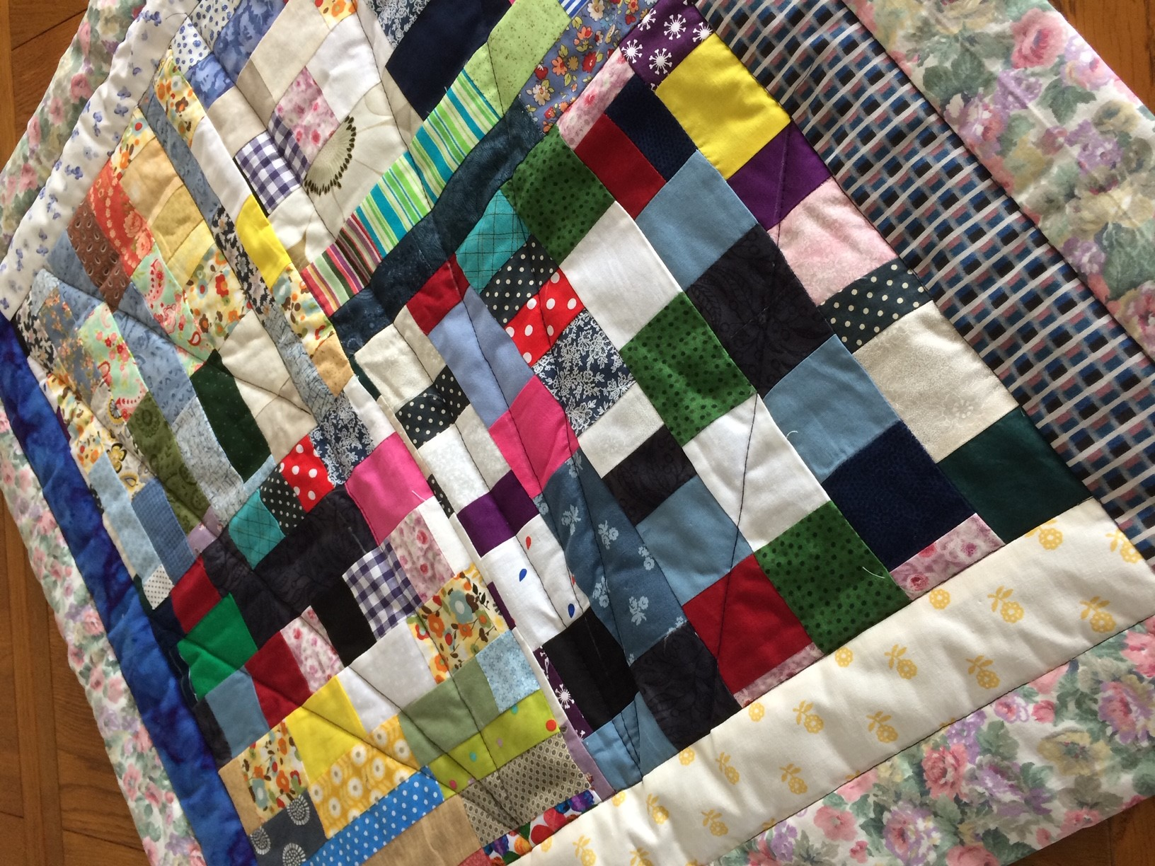 Leading PPE manufacturer donates surplus fabric to quilting project for vulnerable people