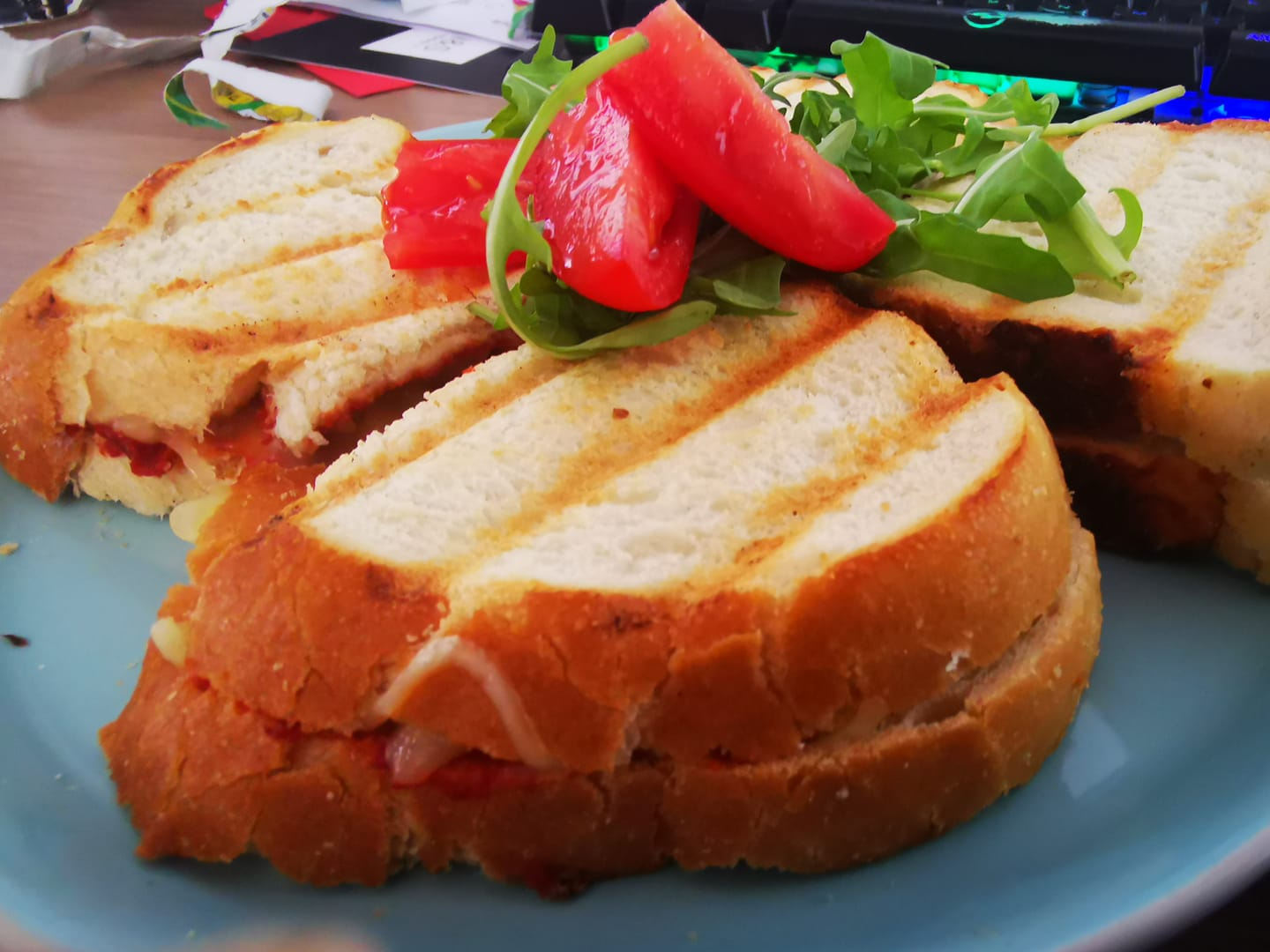 Filling forensics – the science behind the perfect sandwich and how to stop the sog