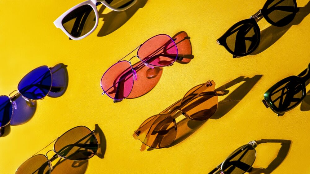 How To Choose Fashion Sunglasses That Protect Your Eyes